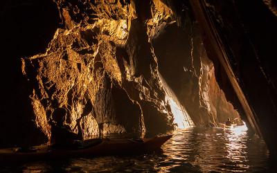 Despertar del sol a la cova d'en Gispert