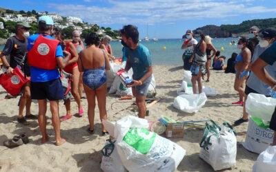 Agraïments neteja a Cala Montgó 2020